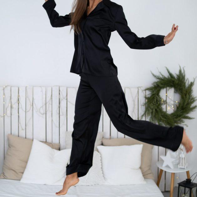 saténové pyžamo lassak shop čierne
