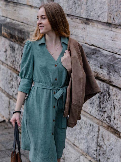 Mušelinové šaty s goliérom MINT