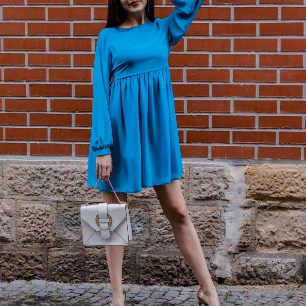 Šifónové šaty voľného strihu TYRKYSOVÁ