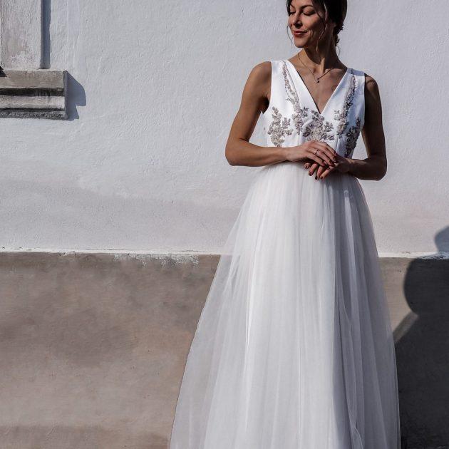 Svadobné šaty s tylovou sukňou