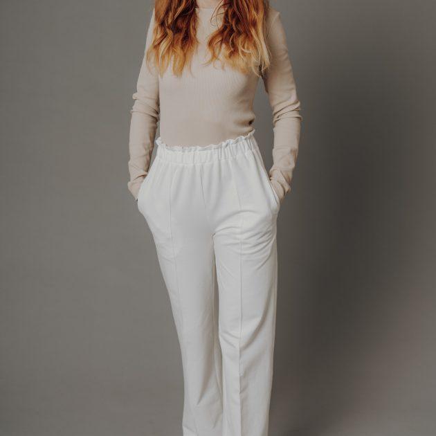 Dlhé nohavice, biele