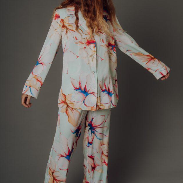Dlhý pyžamový set Kvety